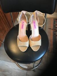 Bestey Johnson heels new size 8.5 Harker Heights, 76548