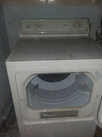 4 load capacity Commercial Dryer $175 negotiable  Mercedes