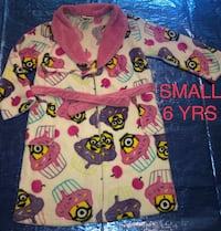 Despicable Me Children's Robe Size: SMALL 6 YRS