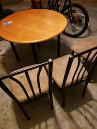 DINNING TABLE SET WITH 3 CHAIRS Chesapeake, 23322