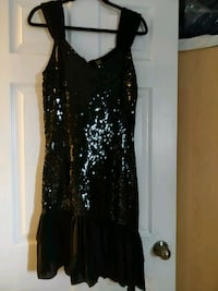 Black fitted, sequined dress. Brampton, L6V 2T9