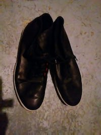 pair of black leather dress shoes Mississauga, L4W