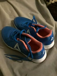 blue-and-orange Nike running shoes Barstow, 92311