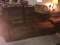 brown suede 3-seat recliner sofa Alexandria, 22306