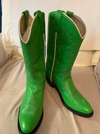 Western style boots Dumfries, 22026