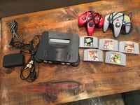N64 with 5 games Vaughan, L4L 9C4