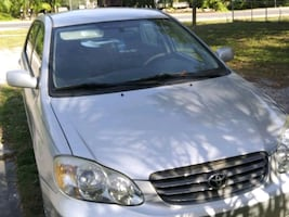 2004 Toyota Corolla CE perfect for first-time driv