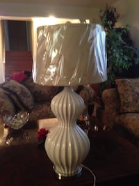Brand new white table lamp. Lafayette, 94549