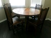 Round kitchen table  Luling