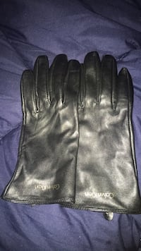Brand new Calvin Klein leather gloves Leesburg, 20175