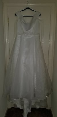 Size 20 wedding dress and white