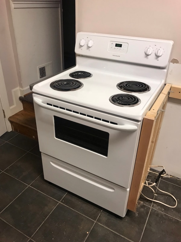 "Frigidaire 30"" 4 Burner Electric Range"