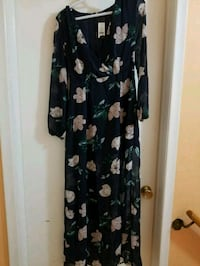 black and white floral long sleeve dress Toronto, M1S 2K7