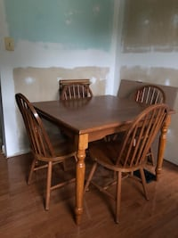 Dining Table Set Fairfax, 22030