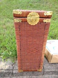 Wicker chest South Park Township, 15129