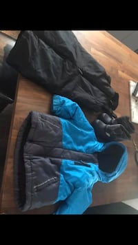 12-18 Month Boy Winter Coat Snow pants and size 5 boots St Catharines, L2M 4T2