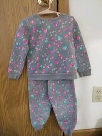 4t warm outfit Loveland, 45140