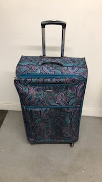 """32"""" luggage very good condition like new"""