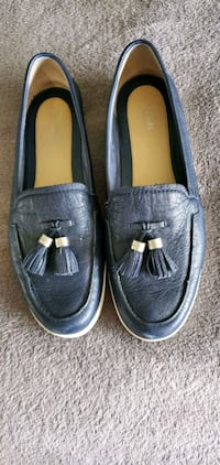 Authentic Michael Kors loafers Surrey, V4N 4Y7