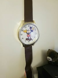 Wall clock mickey watch