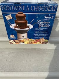 chocolate fountain maker Laval, H7M 5C8