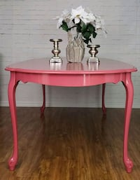 Price to sell ASAP- Beautiful Extended table 549 km