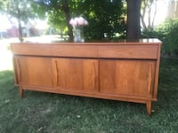 Delivery - vintage MCM sideboard buffet  Toronto, M9B 4M4