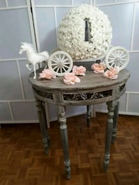 Horse And Carriage Money Box $75 rental