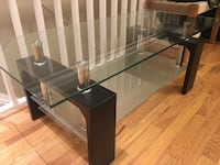 Glass coffee table  Mississauga, L4W 0B1