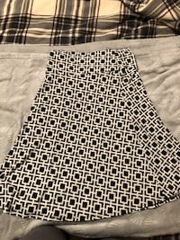 Black and white skirt Broadview Heights, 44147