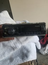 Used radio in good condition