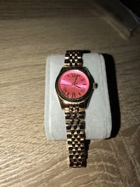 Women's MK Watch  Suitland, 20746