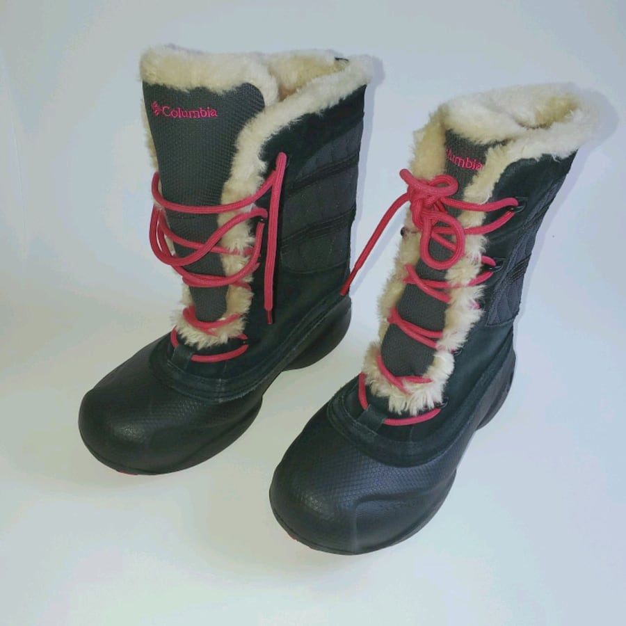 Girls Columbia Fur Lined Snow Boots Size 4