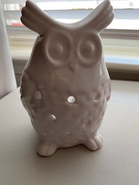 White Owl - candle or light - bottom to top 5 1/2 inches Falling Waters, 25419