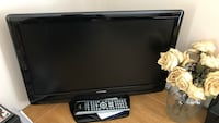Toshiba DOLBY DIGITAL HD TV WITH REMOTE Centreville, 20120