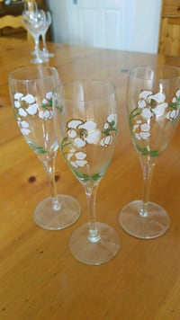 Perrier Jouet hand painted champagne flutes Los Angeles, 90045