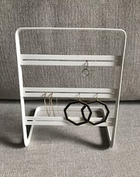 White Finish Metal Earring Stand Portland, 97209