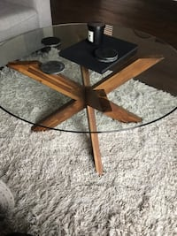 Pier 1 Glass Coffee Table Bolton, L7E 2R3