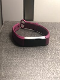 Fitbit Alta HR with extra chargers Arlington, 22202