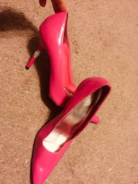 Ladies stiletto shoes , pink with diamonds on heel Guelph, N1E 6A6