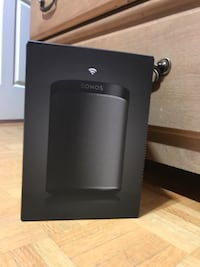 Bnib black sonos play 1