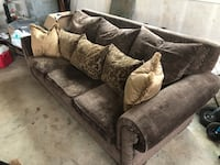 large familey couch Sherwood, 97140