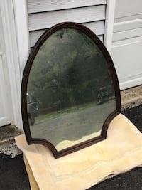 Antique mirrors, set of 2. Mirror is upside down in picture. Ijamsville, 21754