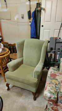 One green fabric sofa chairs Grimsby, L3M