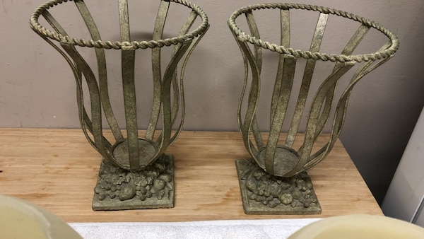 Candle holders metal