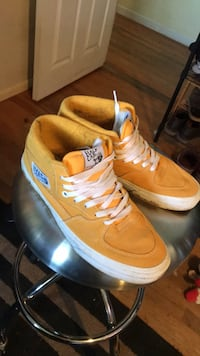 Vans half cabs Shoe brand new barely wore Winchester, 22601