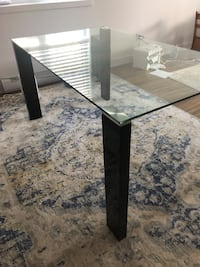 Dining table 59 x 35 inches