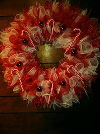red and white floral wreath Corpus Christi, 78410