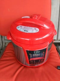 Electric Pressure Cooker. Like New. Dayton, 45449