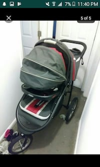 baby's black and red jogging stroller Washington, 20032